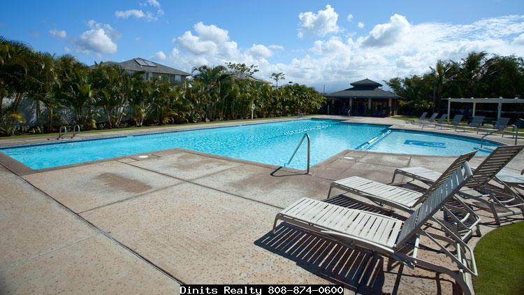 Villas at Kenolio pool