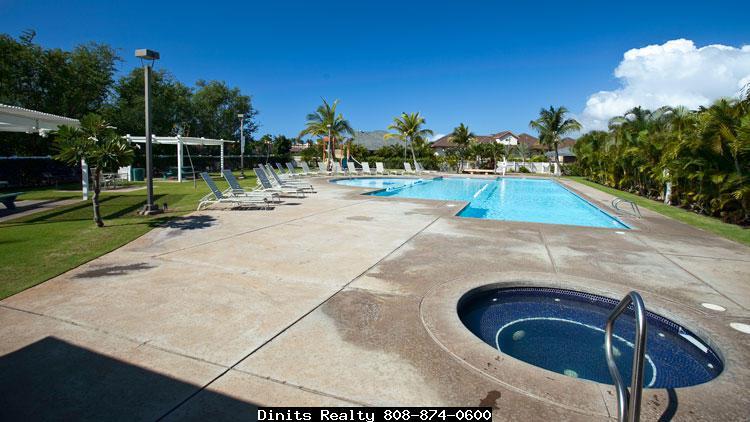 Villas at Kenolio hot tub